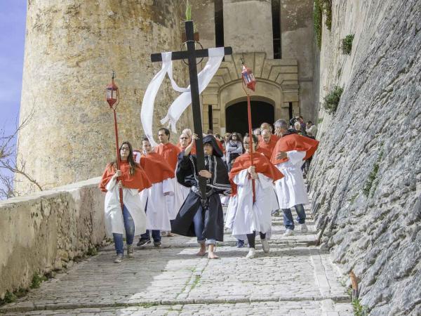Processioni della Settimana Santa Bonifacio Corsica